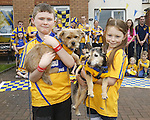 27/09/2013 Clare fans Shane Tierney with Georgie and Aoibhe Coote with Bella at Lissaniska, Claureen, Ennis. Picture: Don Moloney / Press 22