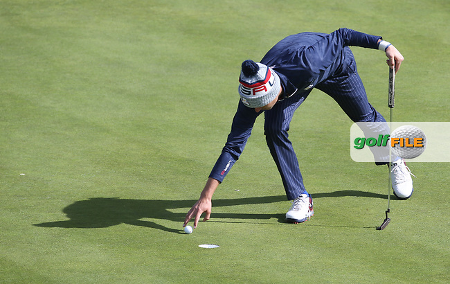 Justin Thomas (Team USA) on the 16th during Saturday's Fourballs, at the Ryder Cup, Le Golf National, Île-de-France, France. 29/09/2018.<br /> Picture David Lloyd / Golffile.ie<br /> <br /> All photo usage must carry mandatory copyright credit (© Golffile | David Lloyd)