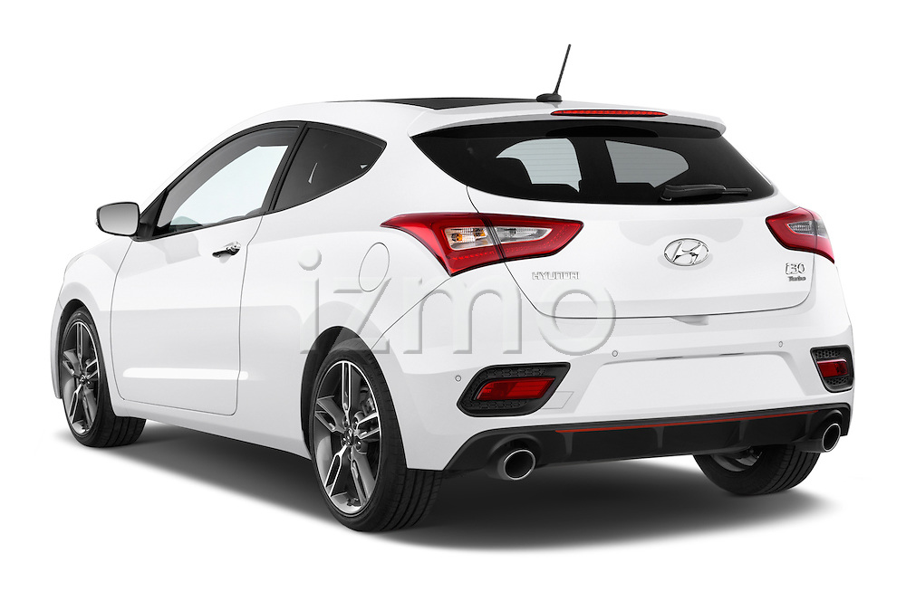 Car pictures of rear three quarter view of 2015 Hyundai I30 Turbo 3 Door Hatchback angular rear