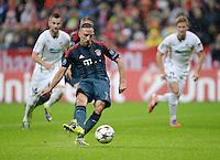 FUSSBALL   CHAMPIONS LEAGUE   SAISON 2013/2014   Vorrunde FC Bayern Muenchen - FC Viktoria Pilsen       23.10.2013 Franck Ribery (FC Bayern Muenchen) erzielt hier das Tor  per Elfmeter zum 1-0