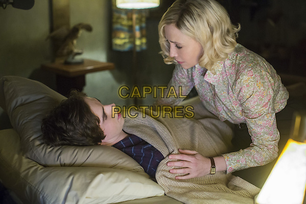 Freddie Highmore, Vera Farmiga<br /> in Bates Motel (2013&ndash; ) <br /> (Season 3)<br /> *Filmstill - Editorial Use Only*<br /> CAP/FB<br /> Image supplied by Capital Pictures