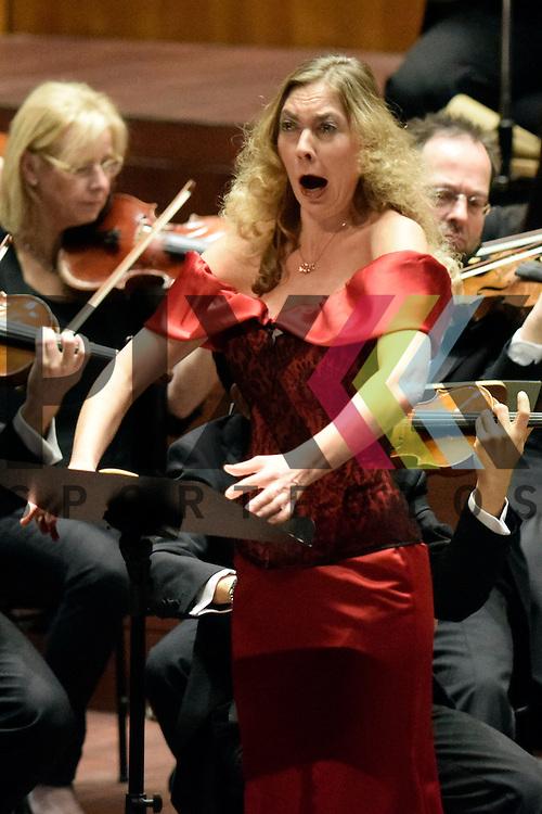 Mannheim 09.01.17 4. Akademiekonzert des Nationaltheaterorchester Mannheim im Bild Mezzosopran Marina Prudenskaya.<br /> <br /> Foto &copy; Ruffler For editorial use only. (Bild ist honorarpflichtig - No Model Release!)