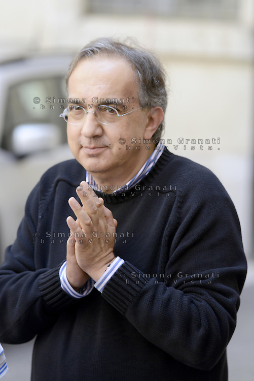 Roma, 25 Luglio 2014<br /> Il presidente del Consiglio Matteo Renzi ha ricevuto oggi a Palazzo Chigi l'AD di Fiat Sergio Marchionne e il presidente John Elkann, che hanno presentato al premier la nuova Jeep Renegade. <br /> Sergio Marchionne.<br /> Fiat, Elkann and Marchionne have to Renzi new Jeep Renegade. <br /> <br /> Rome, July 25, 2014 <br /> The President of the Council Matteo Renzi received today at Palazzo Chigi, the CEO of Fiat, Sergio Marchionne and Chairman John Elkann, who presented to the premier the new Jeep Renegade.