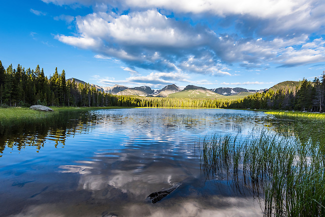 early morning at Bierstadt Lake with peaks in the Continental Divide on the horizon, Rocky Mountain National Park, Colorado, USA