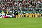 11.08.2019, Stadion Lohmühle, Luebeck, GER, DFB-Pokal, 1. Runde VFB Lübeck vs 1.FC St. Pauli<br /> <br /> DFB REGULATIONS PROHIBIT ANY USE OF PHOTOGRAPHS AS IMAGE SEQUENCES AND/OR QUASI-VIDEO.<br /> <br /> im Bild / picture shows<br /> Tor zum 3:3 . Torschütze/Torschuetze Ahmet Arslan  (VfB Luebeck) nicht im Bild trifft zum 3:3 ins Tor von Torwart Robin Himmelmann (FC St. Pauli).<br /> <br /> Foto © nordphoto / Tauchnitz