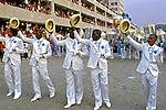 Desfile de carnaval da velha guarda da Portela, Rio de Janeiro. 1984. Foto de Juca Martins.