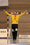 09.11.2019, Hansehalle Luebeck, GER,  2.Bundesliga Handball VfL Luebeck-Schwartau - TV Emsdetten<br /> <br /> im Bild / picture shows<br /> Einzelaktion/Aktion. Ganze Figur. Einzeln. Freisteller. Torwart Dennis Klockmann VfL Luebeck-Schwartau jubelt.<br /> <br /> Foto © nordphoto / Tauchnitz