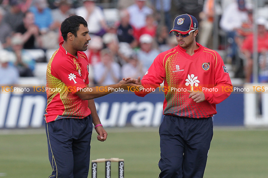 Jaik Mickleburgh (R) of Essex congratulates Ravi Bopara on the wicket of Simon Kerrigan - Essex Eagles vs Lancashire Lightning - Clydesdale Bank 40 Cricket at the Ford County Ground, Chelmsford - 02/05/11 - MANDATORY CREDIT: Gavin Ellis/TGSPHOTO - Self billing applies where appropriate - Tel: 0845 094 6026