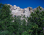 Mount Rushmore National Memorial, SD: Monumental heads of presidents Washington, Jefferson, Roosevelt, and Lincoln sculpted by Gutzon Borglum