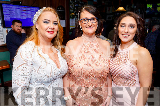 3 best dressed ladies at the Ladies Day in the Castle Bar on Thursday. <br /> 2nd place Karen O'Connor (Ballinorrig), 1st place Aileen Riordan and 3rd Kim Kerins.