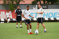 SANTOS, SP, 17.11.2015 - FUTEBOL-SANTOS - Geuvânio do Santos durante sessão de treinamento no Centro de Treinamento Rei Pelé nesta terça-feira, 17. (Foto: Flavio Hopp / Brazil Photo Press)