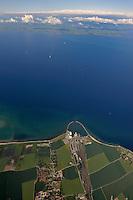 Fehmarnbelt: EUROPA, DEUTSCHLAND, SCHLESWIG- HOLSTEIN, FEHMARN(GERMANY), 21.06.2010: Der Fehmarnbelt ist die Meerenge zwischen den Inseln Fehmarn (Deutschland) und Lolland (Daenemark) in der westlichen Ostsee. Beide Inseln bilden mit den anliegenden Landkreisen (Kreis Ostholstein in Schleswig-Holstein und Storstrams Amt in Daenemark) und der Stadt Luebeck die Fehmarnbeltregion, eine Europaregion. Die kuerzeste Verbindung ueber den Belt zwischen den Hafenstaedten Puttgarden (Deutschland) und Roedbyhavn (Daenemark) betraegt 18,6 km. Die Verbindungsstrecke der beiden Millionenstaedte Hamburg und Kopenhagen ueber den Fehmarnbelt ist die kuerzeste und umweltfreundlichste Verbindung von Westeuropa nach Suedskandinavien. - Aufwind-Luftbilder- Stichworte: Europa, Deutschland, Schleswig, Holstein, Fehmarn, Fehmarnbelt, Meerenge, Ostsee, Ostholstein, Insel, Inseln, Verkehrsweg, Belt, Verbindung, Hafenstadt, Puttgarden, Verbindungsstrecke, Daenemark, Lolland, Meer, Wasser, Luftansicht, Luftaufnahme, Vogelperspektive, Luftbild, Luftfotografie ..c o p y r i g h t : A U F W I N D - L U F T B I L D E R . de.G e r t r u d - B a e u m e r - S t i e g 1 0 2, 2 1 0 3 5 H a m b u r g , G e r m a n y P h o n e + 4 9 (0) 1 7 1 - 6 8 6 6 0 6 9 E m a i l H w e i 1 @ a o l . c o m w w w . a u f w i n d - l u f t b i l d e r . d e.K o n t o : P o s t b a n k H a m b u r g .B l z : 2 0 0 1 0 0 2 0  K o n t o : 5 8 3 6 5 7 2 0 9. V e r o e f f e n t l i c h u n g n u r m i t H o n o r a r n a c h M F M, N a m e n s n e n n u n g u n d B e l e g e x e m p l a r !.