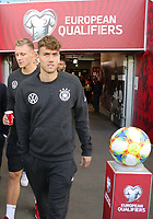 Luca Waldschmidt (Deutschland Germany) betritt Windsor Park - 09.09.2019: Nordirland vs. Deutschland, Windsor Park Belfast, EM-Qualifikation DISCLAIMER: DFB regulations prohibit any use of photographs as image sequences and/or quasi-video.