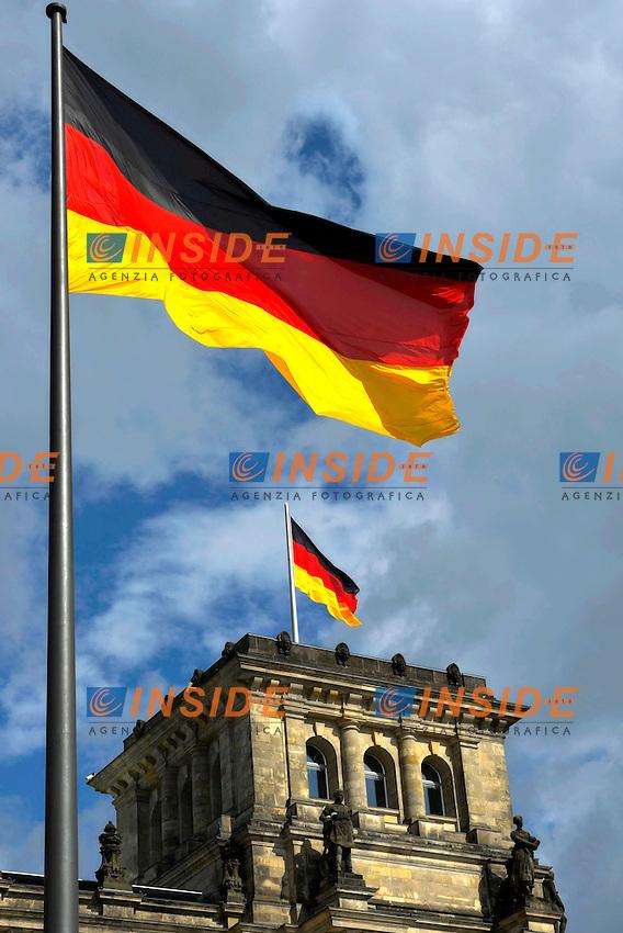 Berlino 03-09-2013 Il Bundestag, il Parlamento della Gemania con la bandiera tedesca.<br /> Photo Michael Weber  EXPA Insidefoto<br /> NO GERMANY
