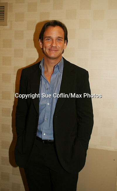 Sean McDermott (ex Hart - GL & Broadway performer) is honored with the Shining Star Award at An Intimate Evening with Broadway and Daytime Stars entertaining with songs to benefit the Jane Elissa/Charlotte Meyers Endowment Fund for Leukemia/Lymphoma Research and other charitable causes on October 20, 2008 at the New York Marriott Marquis Hotel, New York City, NY. (Photo by Sue Coflin)