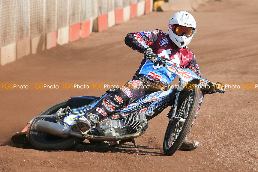 Stuart Robson of Lakeside Hammers in racing action - Lakeside Hammers Speedway Press & Practice Day at Arena Essex Raceway, Purfleet - 20/03/12 - MANDATORY CREDIT: Gavin Ellis/TGSPHOTO - Self billing applies where appropriate - 0845 094 6026 - contact@tgsphoto.co.uk - NO UNPAID USE.