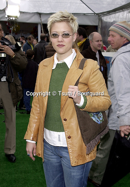 Tammy Lynn Michaels arriving at the 1ere of See Spot Run at the Chinese Theatre in Los Angeles  02/25/2001            -            MichaelsTammyLynn04.jpg