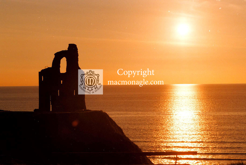 A picturesque sunset over Ballybunion Golf Club in Co. Kerry .©Picture by Don MacMonagle.6 Port Road, Killarney Co. Kerry, Ireland.Tel: 00-353+64+32833
