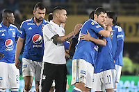BOGOTA - COLOMBIA -27 -11-2016: Jugadores de Millonarios celebran La victoria de su equipo después del encuentro de ida con Atlético Nacional por los cuartos de final de la Liga Aguila II 2016 jugado en el estadio Nemesio Camacho El Campin de la ciudad de Bogota. / Players of Millonarios celebrate the victory after first leg match against Atletico Nacional for the final quarters of the Liga Aguila II 2016 played at the Nemesio Camacho El Campin Stadium in Bogota city. Photo: VizzorImage / Gabriel Aponte / Staff.