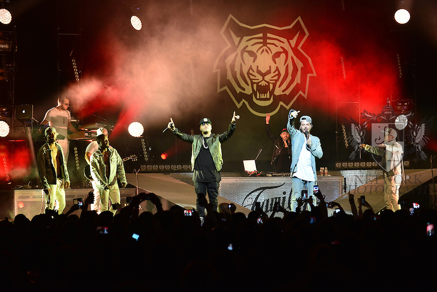 MIAMI, FL - SEPTEMBER 23: Farruko and J Balvin performs onstage during ' La Familia' tour at James L Knight Center on Wednesday September 23, 2015 in Miami, Florida. ( Photo by Johnny Louis / jlnphotography.com )