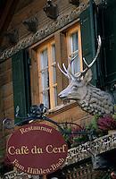 Europe/Suisse/Pays d'Enhaut/Rougemont: Façade du restaurant du cerf