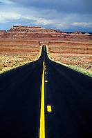 Highway 163, north of Mexican Hat, Utah USA