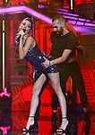 Ana Guerra canta el Remedio durante la Gala Eurovision de Operacion Triunfo