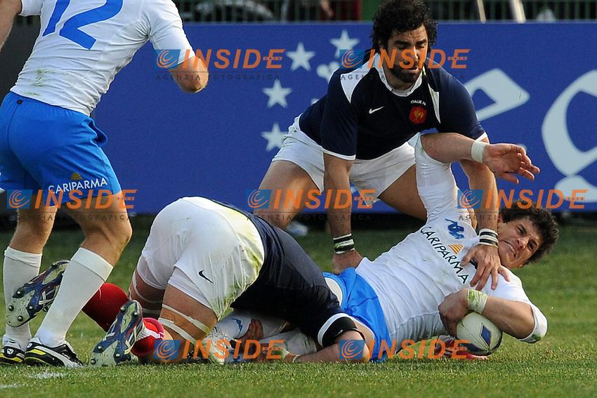 Alessandro Zanni (Italia) Yoan Huget (Francia)<br /> Italia vs Francia  22-21<br /> RBS 6 Nations Rugby Championship 2011<br /> Stadio Flaminio;<br /> Roma, 12/03/2011<br /> Photo Antonietta Baldassarre Insidefoto