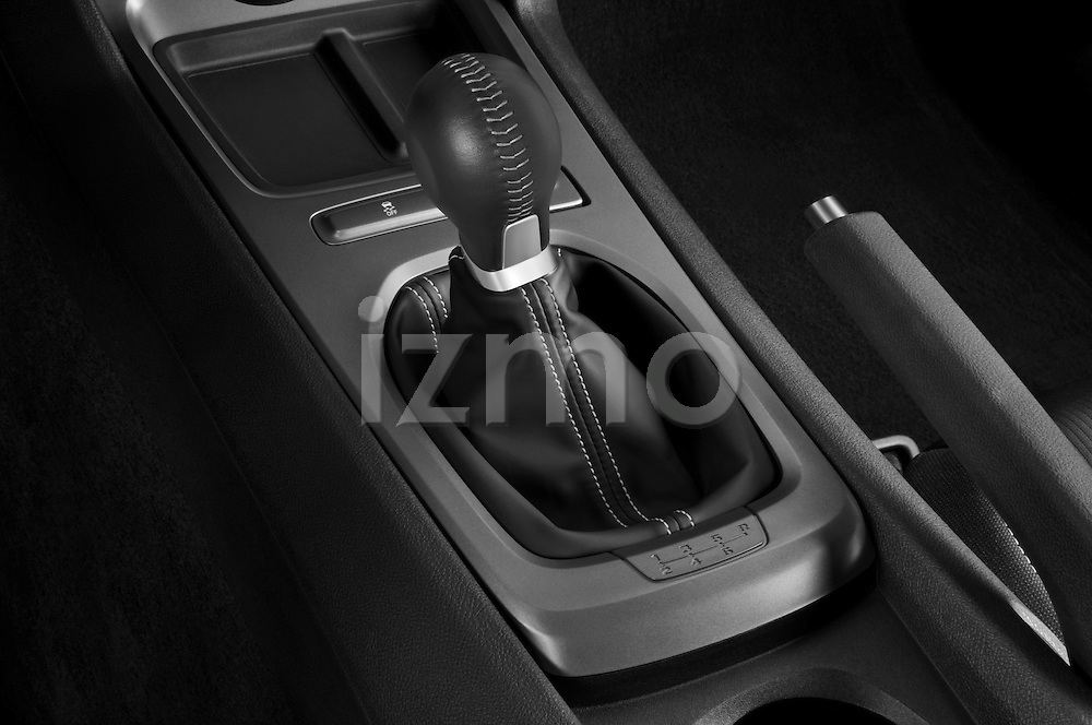 Gear shift detail view of a 2010 Chevrolet Camaro SS
