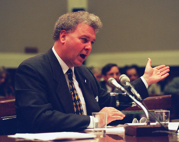 11/5/97.MOLTEN METAL TECHNOLOGY:Thomas P. Grumbly of ICF Kaiser International,Inc.testifies before the  House Commerce Committee  during the hearings on the Department of Energy's funding of molten metal technology..CONGRESSIONAL QUARTERLY PHOTO BY DOUGLAS GRAHAM