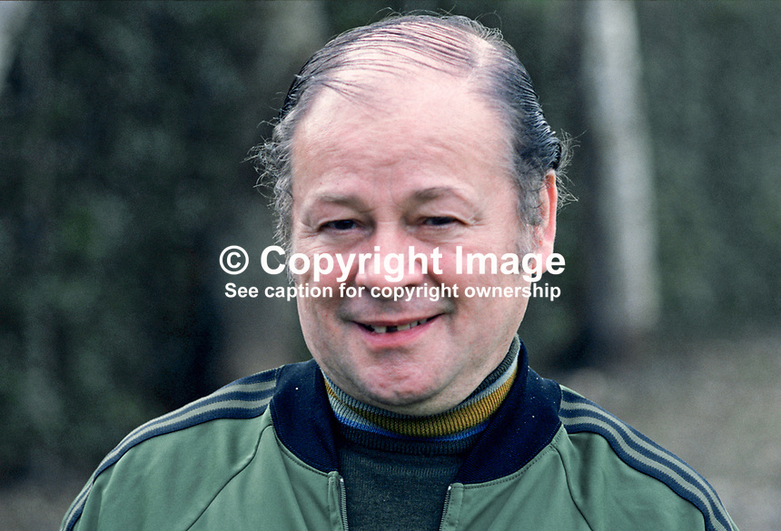 Bobby McGregor, trainer, N Ireland football team, manager, Glentoran FC, 1974 to 1977, 198011000384a.<br />