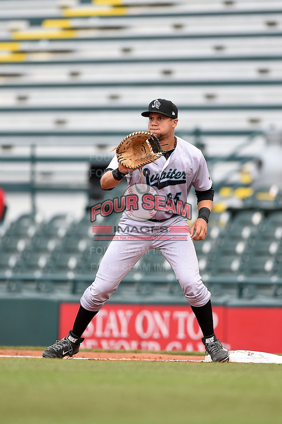 Jupiter Hammerheads first baseman Viosergy Rosa (35) waits for a throw during a game against the Bradenton Marauders on April 17, 2014 at McKechnie Field in Bradenton, Florida.  Bradenton defeated Jupiter 2-1.  (Mike Janes/Four Seam Images)