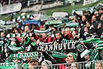 10.02.2018, HDI Arena, Hannover, GER, 1.FBL, Hannover 96 vs SC Freiburg<br /> <br /> im Bild<br /> Fans von Hannover 96 halten Fan-Schals in die H&ouml;he, unterst&uuml;tzen Ihre Mannschaft, <br /> <br /> Foto &copy; nordphoto / Ewert