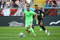Nikolas Füllkrug (Hannover 96) greift an - 30.09.2018: Eintracht Frankfurt vs. Hannover 96, Commerzbank Arena, DISCLAIMER: DFL regulations prohibit any use of photographs as image sequences and/or quasi-video.
