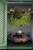 Europe/Espagne/Canaries/Lanzarote/San Bartolomé : Restaurant Casa del Campesino par l'architecte César Manrique - Fontaine pierre à eau