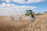 Cultivating for peas - Lincolnshire March
