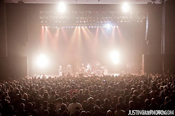 Live concert photo of The Vandals @ Santa Monica Civic Auditorium by http://www.justingillphoto.com