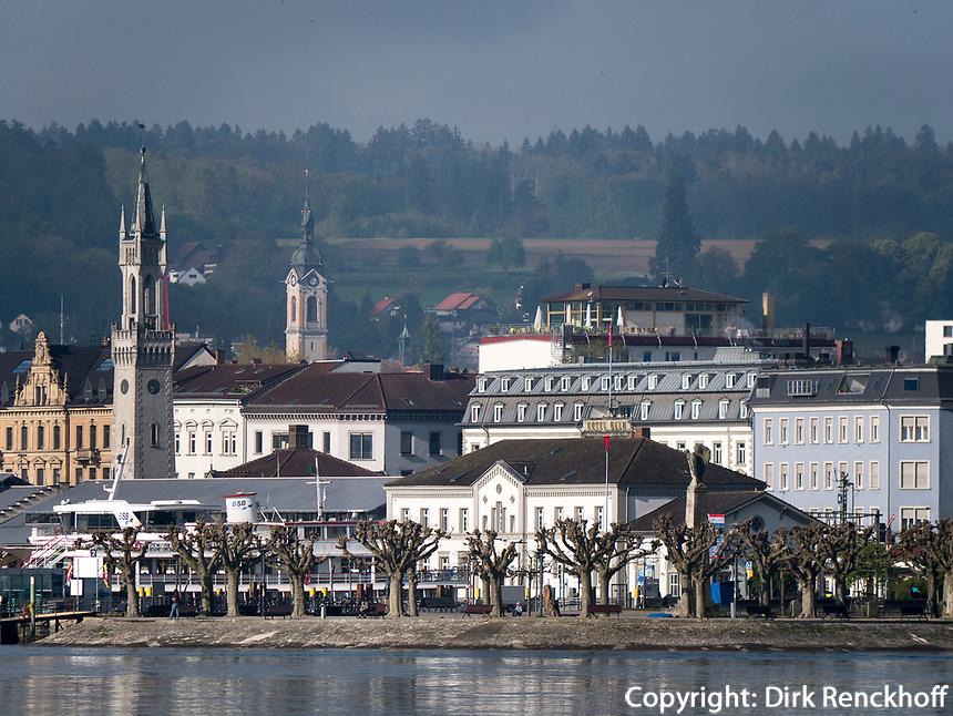 Blick vom See auf Altstadt von Konstanz, Baden-W&uuml;rttemberg, Deutschland, Europa<br /> Historic city of Constance, Baden-W&uuml;rttemberg, Germany, Europe