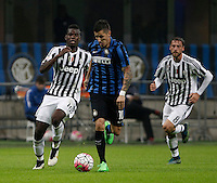 Calcio, Serie A: Inter vs Juventus. Milano, stadio San Siro, 18 ottobre 2015. <br /> FC Inter's Stevan Jovetic, center, is chased by Juventus&rsquo; Paul Pogba, left, and Claudio Marchisio during the Italian Serie A football match between FC Inter and Juventus, at Milan's San Siro stadium, 18 October 2015.<br /> UPDATE IMAGES PRESS/Isabella Bonotto