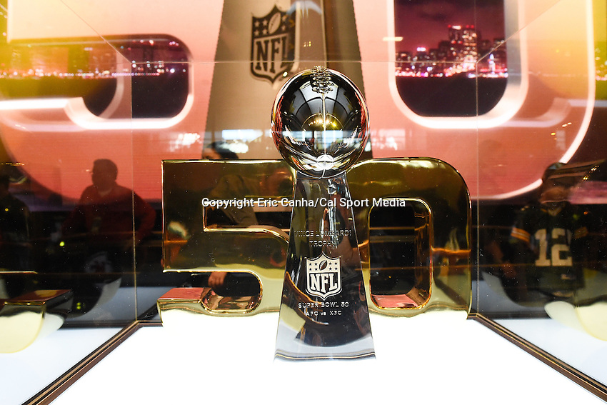 Sunday, January 31, 2016: The Vince Lombardi trophy is on display at the NFL Fan Zone during the week long NFL Super Bowl 50 celebration in San Francisco, California. Eric Canha/CSM