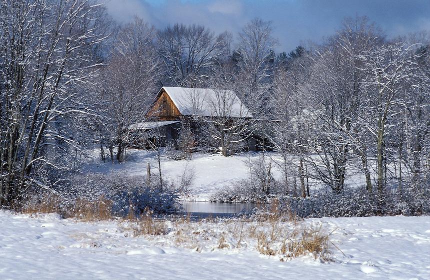 Contry barn in winter.