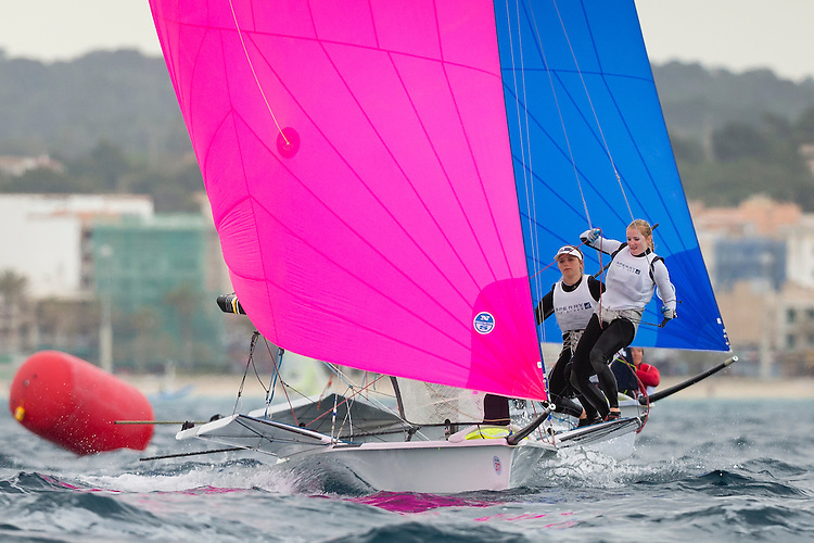 20140402, Palma de Mallorca, Spain: SOFIA TROPHY 2014 - 850 sailors from 50 countries compete at the ISAF Sailing World Cup event. 49erFX - USA826 - Paris Henken / Helena Scutt. Photo: Mick Anderson/SAILINGPIX.