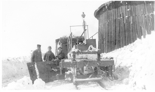 Rear of D&amp;RG flanger, left-hand blade extended.  Its crew is posing for the camera next to the Cumbres covered turntable.<br /> D&amp;RG  Cumbres, CO  Taken by Lively, Charles R. - ca. 1910