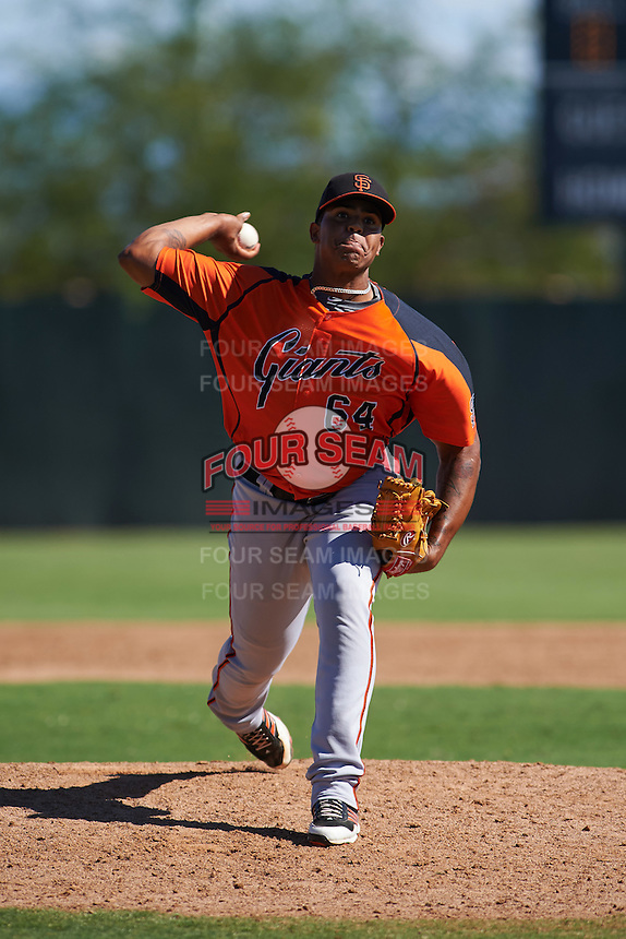 San Francisco Giants pitcher Kendry Melo (65) during an instructional league game against the Kansas City Royals on October 23, 2015 at the Papago Baseball Facility in Phoenix, Arizona.  (Mike Janes/Four Seam Images)