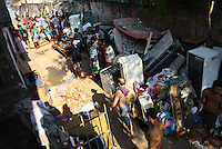 Sao Paulo,SP - 11.09.2014 - INCENDIO FAVELA JAGUARÉ- Um incendio toou a favela Ponta da Paraia na Avenida Politécnica Zona Oeste de São Paulo, mais de 10 baracos foram queimados não houve vitima. - (Foto: Aloisio Mauricio / Brazil Photo Press)