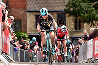 Picture by Allan McKenzie/SWpix.com - 14/05/2017 - Cycling - HSBC UK British Cycling -  National Women's Road Series - Lincoln Grand Prix - Alice Barnes Drops Cycling cobbles Michaelgate