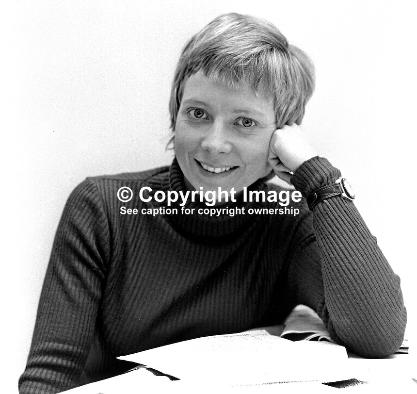 Helen Madden, Belfast, N Ireland, BBC freelance journalist & former Miss Helen in UTV's Romper Room. 197502060086b..Copyright Image from Victor Patterson, 54 Dorchester Park, Belfast, UK, BT9 6RJ..Tel: +44 28 9066 1296.Mob: +44 7802 353836.Voicemail +44 20 8816 7153.Skype: victorpattersonbelfast.Email: victorpatterson@me.com.Email: victorpatterson@ireland.com (back-up)..IMPORTANT: If you wish to use this image or any other of my images please go to www.victorpatterson.com and click on the Terms & Conditions. Then contact me by email or phone with the reference number(s) of the image(s) concerned.