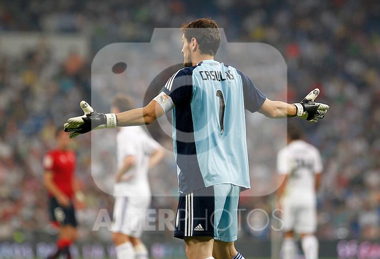 Madrid (11/09/10).- Estadio Santiago Bernabeu..Campeonato Nacional de Liga 2ª Jornada..Real Madrid 1- Osasuna 0.Iker Casillas...© Alex Cid-Fuentes/ALFAQUI