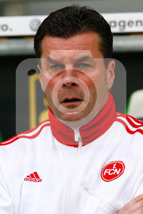 12.03.2010, Volkswagen Arena, Wolfsburg, GER, 1.FBL, VfL Wolfsburg vs 1.FC Nuernberg, im Bild Dieter Hecking (Trainer Nuernberg) .Foto © nph / Schrader