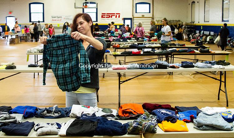 CLOTHESTORR | Republican American Photos